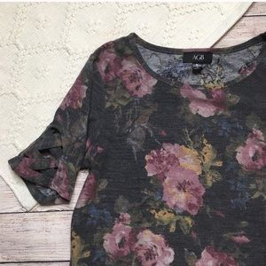 Gray Floral Shark Bite Hem Tunic Top Medium